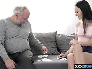 SON. Kostenlose XXX-Bilder, beste Porno-Bilder und heißer Sex